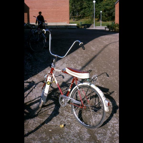 VÖGG STORA JkB2405. 1967. Nibbleskolan.tif